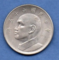 Taiwan --  5 Yuan  -- état  TTB+ - Taiwan