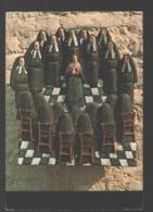 Céramique De Max Van Der Linden - Sainte Bernadette Arrivant Au Couvent De Nevers - Articles Of Virtu