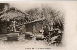 TONKIN - Une Presse à Papier - Viêt-Nam