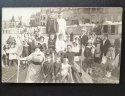 Carte Photo Bord De Mer En Famille Vers 1900 Normandie ? - Zu Identifizieren