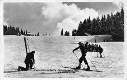 France Le Col De Porte Skieurs Sur La Piste, Le Monte-pente, Ski 1937 - France