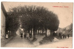 SAINT MARCEL LA PLACE TRES ANIMEE - Francia