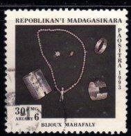 Madagascar 1993 Sociolgie Ethnologie Bijoux Mahafaly / Ethnic Jewellry N° 1324 Oblitéré Used - Madagaskar (1960-...)