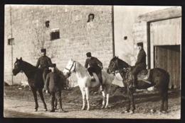 LIMONEST: Plan TOP Sur Trois Cavaliers, RARE Carte Photo Identifiée Au Verso, écrite En 1916. - Limonest