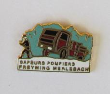 1 Pin's Sapeurs Pompiers De FREYMING-MERLEBACH (MOSELLE - 57) - Brandweerman