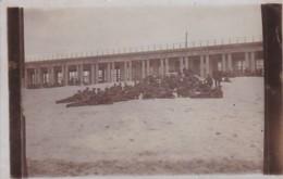 252623Duitse Militairen Aan Het Strand In Ostende 6-7-1917 (FOTO KAART) - Personen