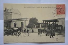 AUXERRE-sortie De La Gare Saint Gervais- MAUVAIS ETAT(decollement ) - Auxerre