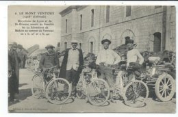 Le Mont Ventoux , Bicyclistes De Lyon Et St Etienne Venant De Franchir Les 22 Km De Bedoin Au Sommet - France