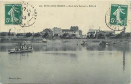 - Hauts De Seine - Ref-A168- Levallois Perret - Bords De Seine Et La Félicité - Bac - Bacs - Transports - - Levallois Perret