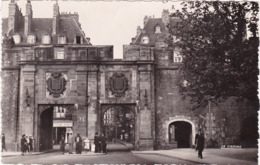 Ille Et Vilaine : SAINT-MALO : Porte Saint-vincent : ( C.p.s.m. Phot. Vérit. ) - Saint Malo