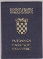 PASSPORT  --   CROATIA  --  I.  MODEL  --  1994  --   LADY - Historische Dokumente