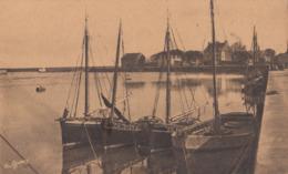 CPA (50) Saint Vaast La Hougue Le Port (b .bur) - Saint Vaast La Hougue