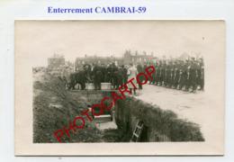 CAMBRAI-Enterrement-Cimetiere-CARTE PHOTO Allemande-Guerre 14-18-1WK-France-59-Militaria-Feldpost - Cambrai