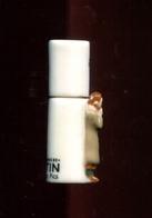 Feve A L Unite Tintin Enigmes N8  1.2p14e16 - Cómics