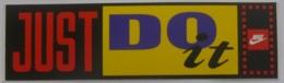 VETEMENT NIKE - Just Do It - Autocollant - Stickers