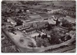 Seiches. Vue Aerienne - Tanneries Et Salle Des Fetes  Edit Artaud - Seiches Sur Le Loir
