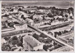 CHAMPAGNE LES MARAIS (85) : LE PONT SUR LE CANAL VU D' AVION - CPSM GRAND FORMAT - ECRITE EN 1965 - 2 SCANS - - Frankrijk