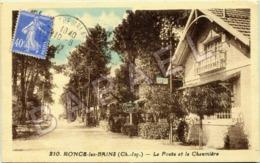 Ronce-les-Bains (17) - La Poste Et La Chaumière - France