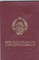SFR YUGOSLAVIA   ---  PASSPORT  --  LADY PHOTO --   1986 - Historische Dokumente
