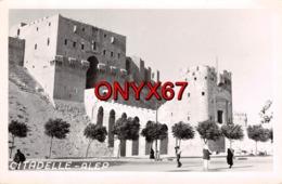 Carte Postale Photo D' ALEP (Syrie) Vue Sue La Citadelle  - VOIR 2 SCANS - - Syrien