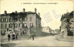Argenteuil (95) - Rue De La Chaussée - La Gendarmerie (Circulé En 1914) - Argenteuil