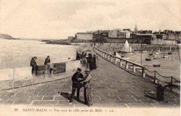SAINT-MALO - Vue Vers La Ville Prise Du Môle - Saint Malo
