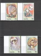 R615 LESOTHO NATURE FLORA NATURE MUSHROOMS #1764-67 MICHEL 10 EURO SET MNH - Paddestoelen
