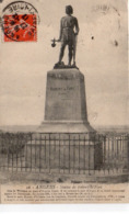 Angers Statue De Robert-le-Fort Transférée à Châteauneuf-sur-Sarthe - Angers