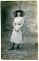 Grand Chapeau Capeline Paille Décoré Fruits - Jeune Fille - Indication Manuscrite : Alençon - Carte Photo - Frauen
