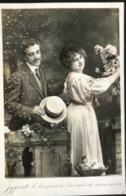 (1705) J'apporte Le Bonjour à L'aimée De Mon Coeur - Strohoed - Couples