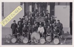 Carte Photo 14 X 9 - CLIQUE UNION SPORTIVE Fondée En 1937 Par E. Lapesse Et L'abbé Bévillard. Président: Pissard Fernand - Sallanches