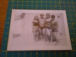 149798  VECCHIA FOTOGRAFIA Vita Da Spiaggia In Spiaggia Famiglia - Barche