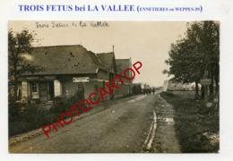 TROIS FETUS-(Ennetieres En Weppes)-CARTE PHOTO Allemande-Guerre14-18-1 WK-France-59-Militaria- - France