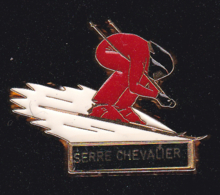 60301-Pin's -sation De Ski.Serre Chevalier.signé Martineau.. - Wintersport