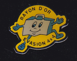 60314-Pin's -Rayon D'or Evasion 4x4 . - Rally