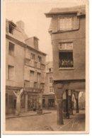 L55B_16 - Dinan - 13 Vieilles Maisons De La Rue De L'Apport - Dinan