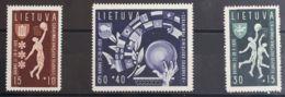 Lituania. MH *Yv 370/72. 1939. Serie Completa. MAGNIFICA. Yvert 2012: 32,5 Euros. - Lituania