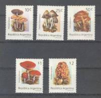 Argentina (1994) Yv. 1836/40  /  Setas - Pilze - Mushrooms - Champignons - Fungi - Hongos
