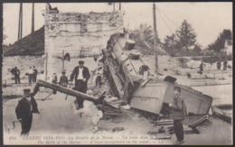 CPA - (51) Guerre De 1914-1915 - La Bataille De La Marne - Un Train Dans La Marne - France