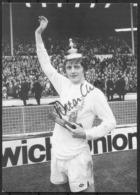 1972 Allen Clarke, Leeds United V Arsenal FA Cup Final SIGNED Postcard. Original Signature - Autogramme & Autographen