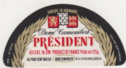 F/ETIQUETTE DE DEMI CAMEMBERT PRESIDENT CARTON BUQUET CHAMBOIS - Fromage