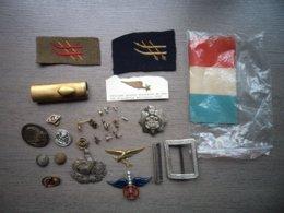 Lot D'insignes Militaire Et Divers - Badges & Ribbons