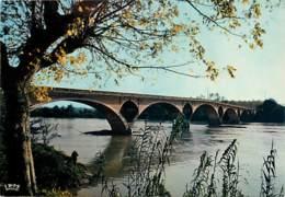 47 - Tonneins - Le Pont Sur La Garonne - Voir Scans Recto-Verso - Tonneins
