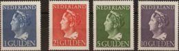 Holanda. MNH **Yv 442/45. 1945. 1 G Azul, 2 ½ G Rojo, 5 G Verde Y 10 G Violeta. Valores Clave. MAGNIFICOS. Yvert 2012: 5 - Holanda
