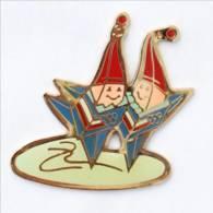 Pin's MAGIQUE La Mascotte Des J.O ALBERTVILLE 92 - Etoile - Patinage Artistique - Cojo 1991 - I703 - Olympische Spelen
