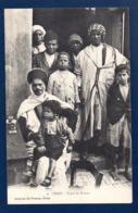 Algérie.  Oran. Types De Maures, Hommes Et Enfants. - Mannen