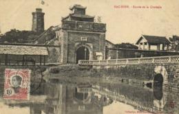 BAC NINH  Entrée De La Citadelle + Beau Timbre 10 Indo Chine - Viêt-Nam