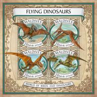 Maldives  2017 Flying Dinosaurs - Maldives (1965-...)