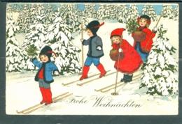 20213 Noël  -  Frohe Weinachten  - Petit Groupe D'enfant S'adonnant Aux Joie Du Ski, Sapins Enneigés - Kerstmis