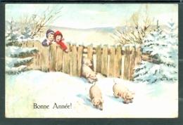 20407  Bonne Année  -  Quatre Petits Cochons Passant Une Palissade, Deux Enfants, Sapins, Neige - Nieuwjaar